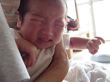 手を洗っても洗っても、乳児に触れる気がしない
