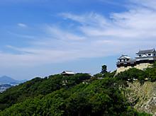 松山城でっかい!