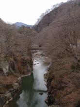 美しい渓谷も…