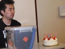 (前日)チェリーのバースデイケーキ…もちろん後ほど凶器に使われました